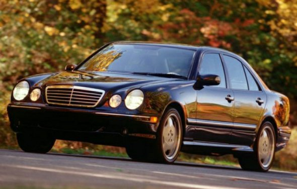 2 Mercedes-Benz E-Class Specs, Pictures, Trims, Colors || Cars.com