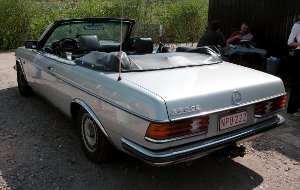 A very rare Mercedes-Benz W123 cabriolet | It says 280 CE on… | Flickr