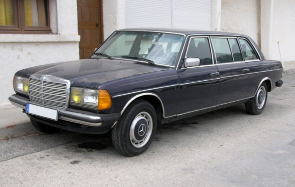 Driven daily: Mercedes-Benz 250 Limousine | Ran When Parked