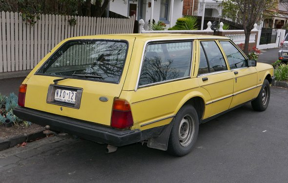 File:1981 Ford Falcon (XD) GL station wagon (2015-08-09) 02.jpg