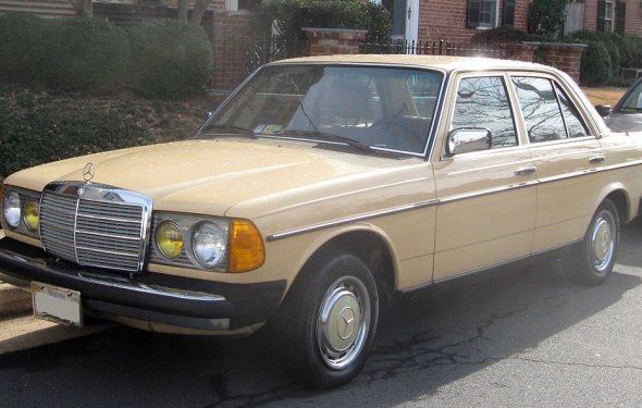 File:Mercedes-Benz W123 .jpg - Wikipedia Republished // WIKI 2