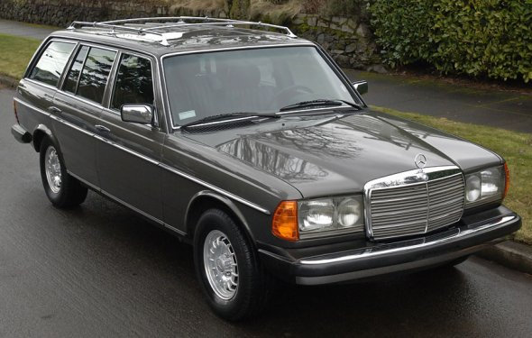 Mercedes-Benz 300TD - More information