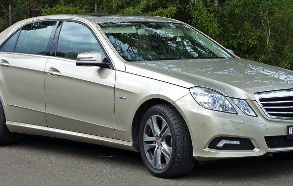Mercedes-Benz E-Class (W212) - Wikipedia