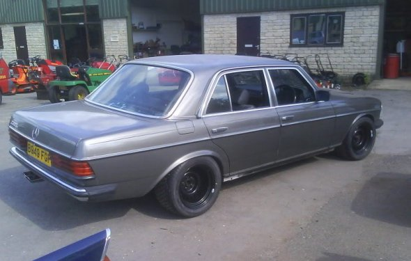Mercedes W123 Custom | W126-powered 560E - Mercedes-Benz Forum