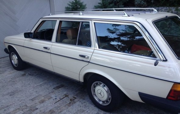 Nice old Mercedes wagon: - Pelican Parts Technical BBS