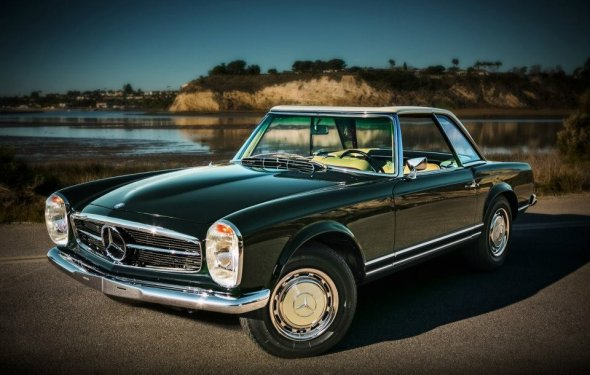Restored Mercedes-Benz 280 SL Pagoda Unveiled