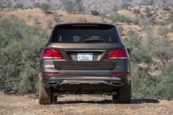 2016-Mercedes-Benz-GLE300d-4Matic-rear-end